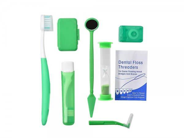 Kit ingrijire aparat ortodontic-verde